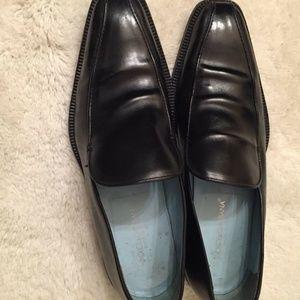 Dolce & Gabbana Men's Black Leather Loafers.- Size